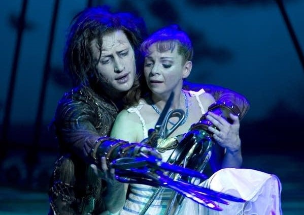 Bourne-Scissorhands-2006